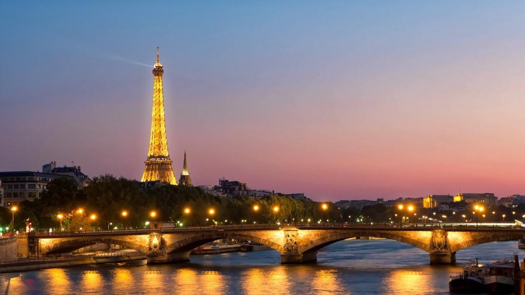 WEEK-END-PARIS-1085-WEEK-END-PARIS-Cover