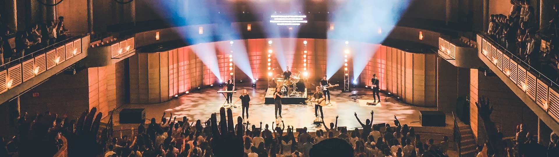 salle de concert pleine